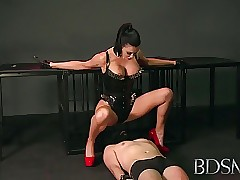 BDSM XXX Bit of all right..