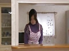 Japaness Housewife Is Superior..
