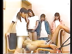 4 japanese schoolgirls added to..