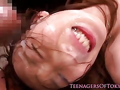 Alluring japanese teen handy a..